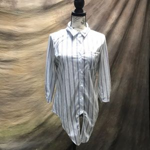 Blue and white light button top